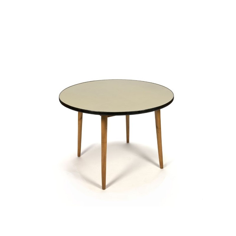 Round fifties dining table with yellow top