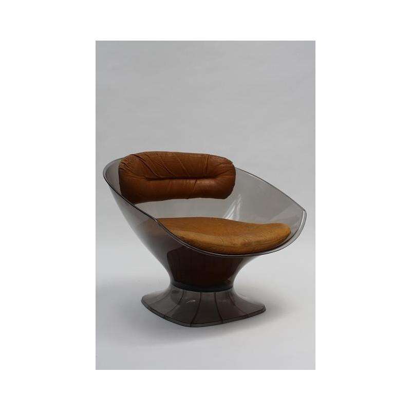 Plexiglass bucket seat