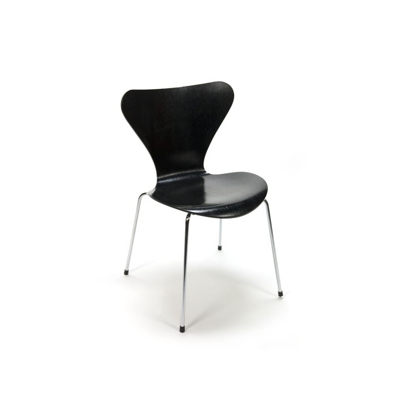 Butterfly chair black by Arne Jacobsen