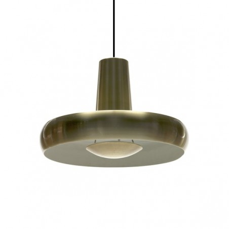 Brass pendant with diffuser