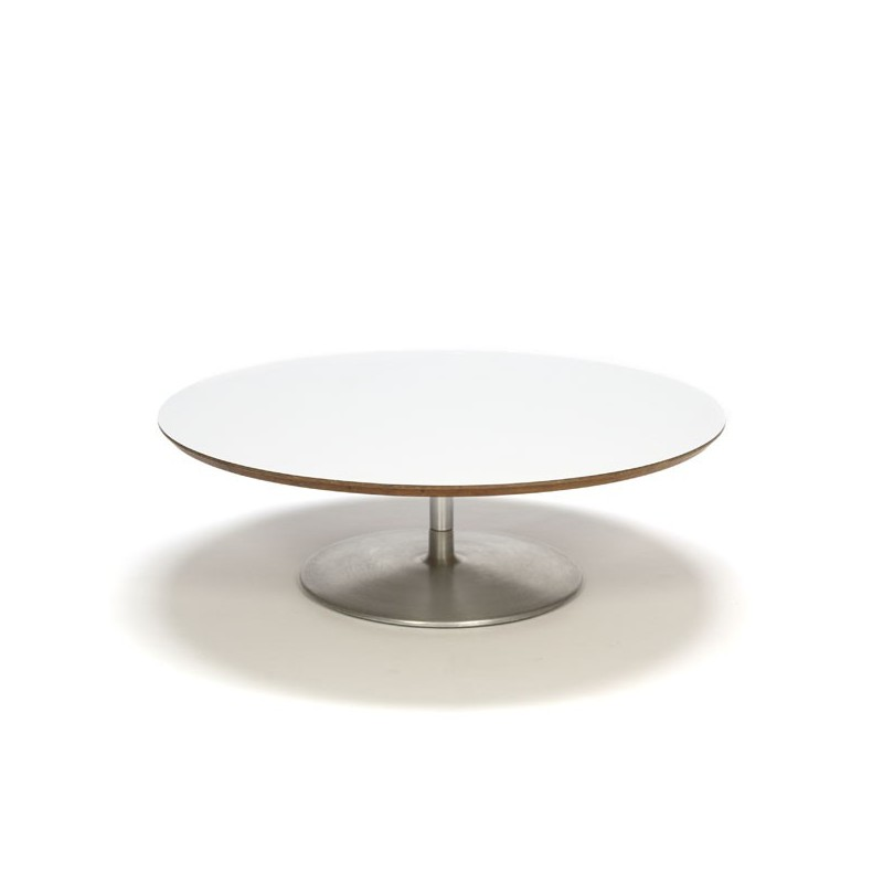 Round coffee table by Pierre Paulin