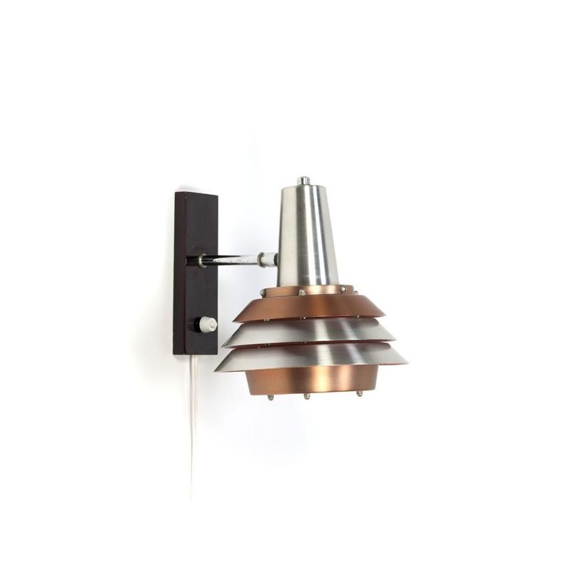 Wandlamp met aluminium schijven