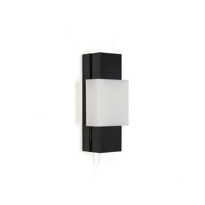 Black metal wall lamp with white plastic