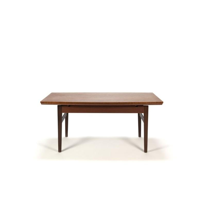 Danish coffee-/ dining table in teak adjustable