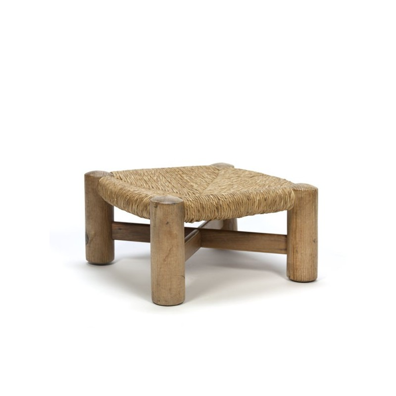 Wooden stool with reed