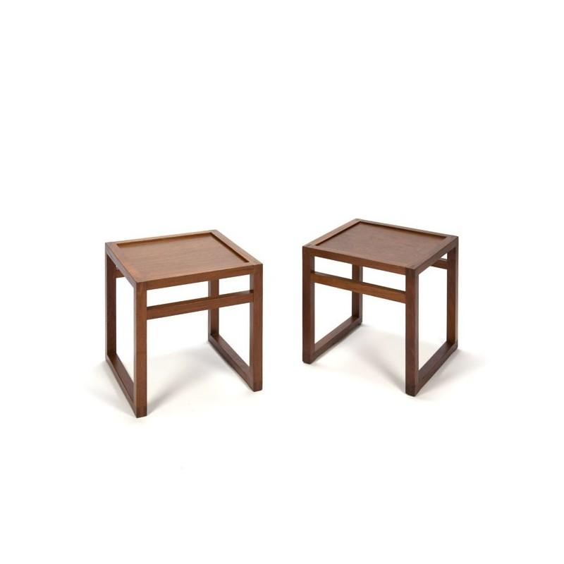 Set of 2 teak side tables