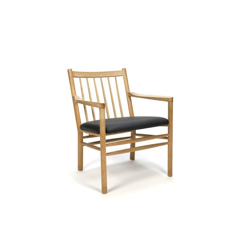 Deense fauteuil met spijlen in beukenhout