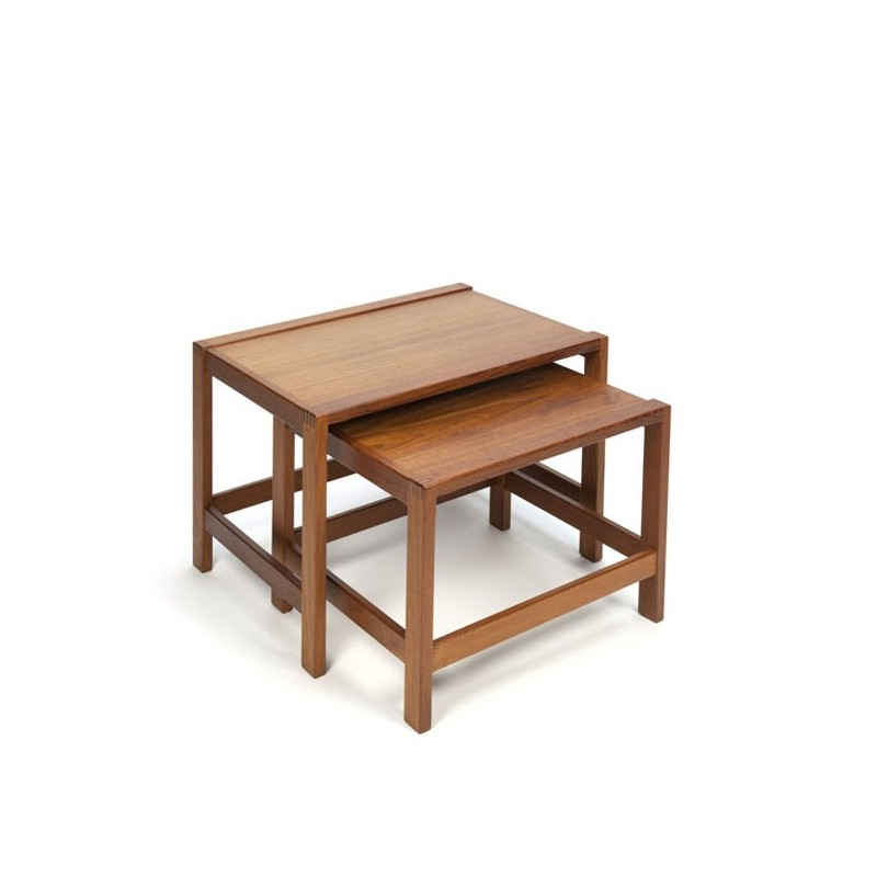 Set of 2 nesting tables from the T
