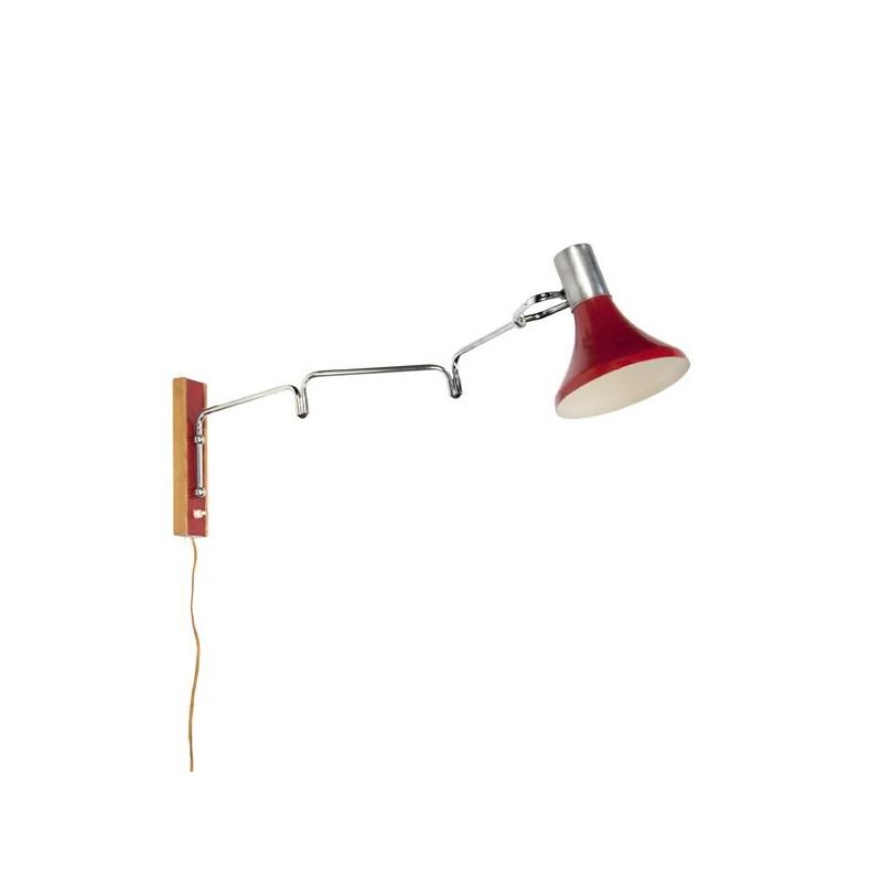 Wandlamp met rode kap