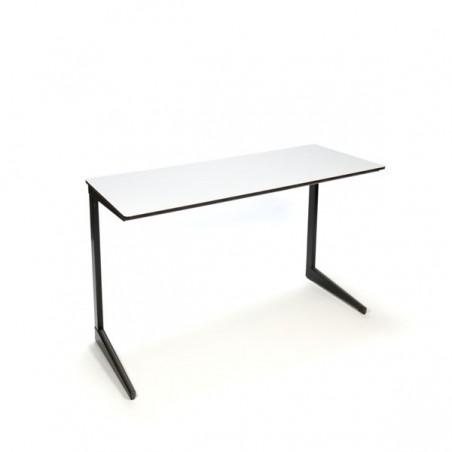 Result bureau/ schooltafel ontwerp Friso Kramer