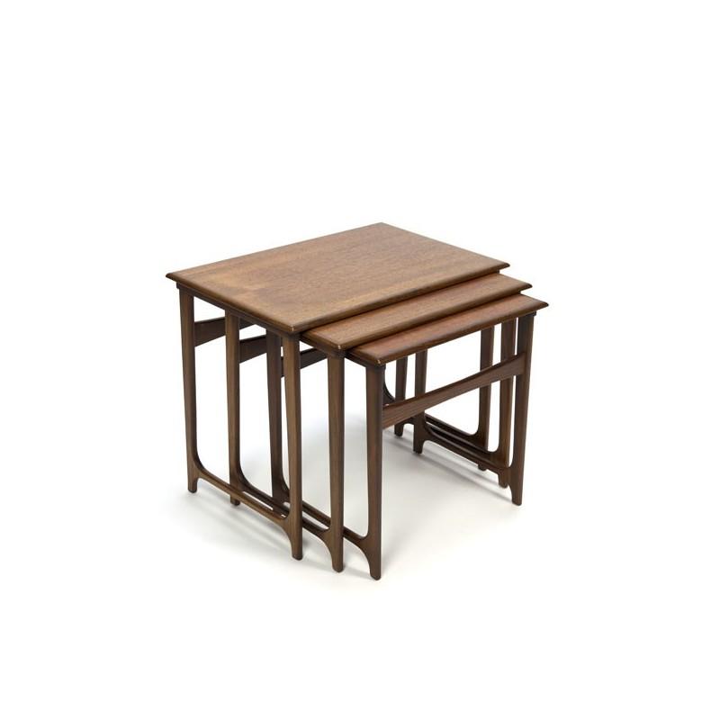 Luxe Deense set van 3 nest tafels in teak
