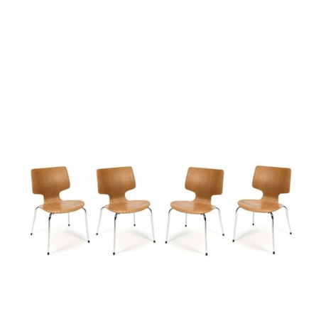 Set of 4 wooden chairs with chrome base