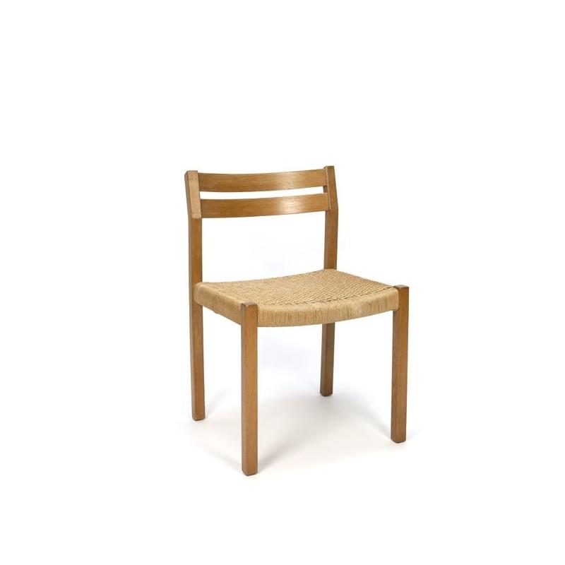 Møller chair model 401