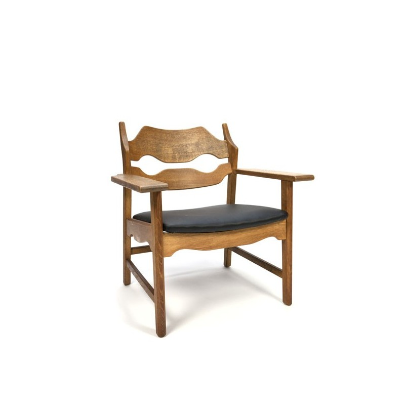 Eiken Razor Back fauteuil ontwerp Henning Kjærnulf