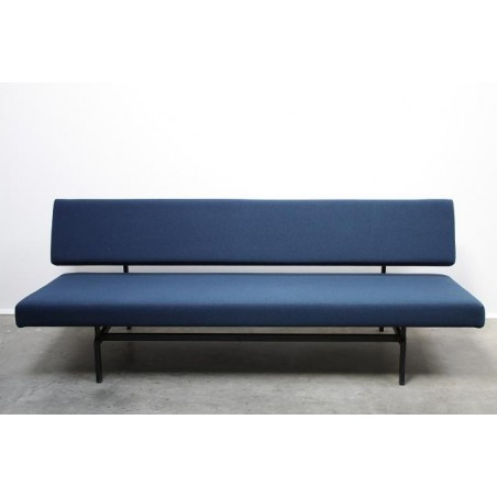 Design sleeping bench Gispen