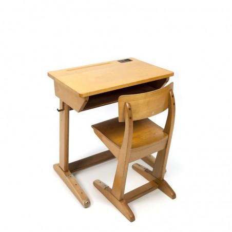 Vintage kinder bureau en stoel van Casala