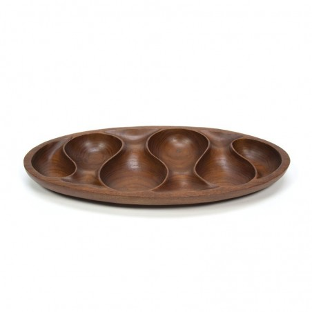 Plate with organic design