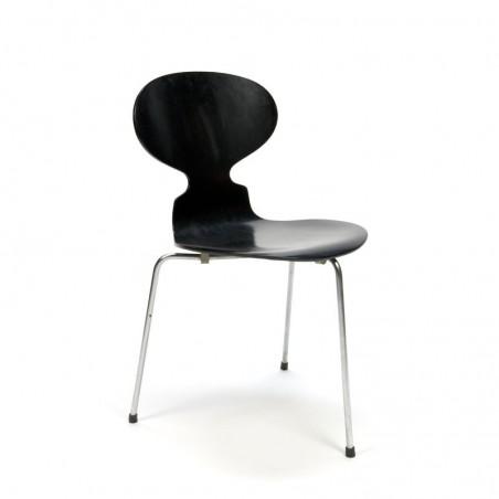 Ant chair 3 legs model 3100