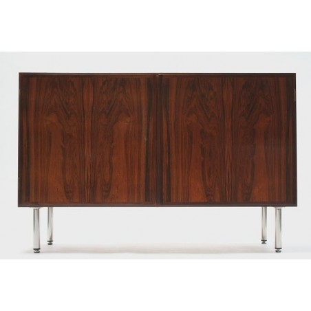 Omann Jun small sideboard