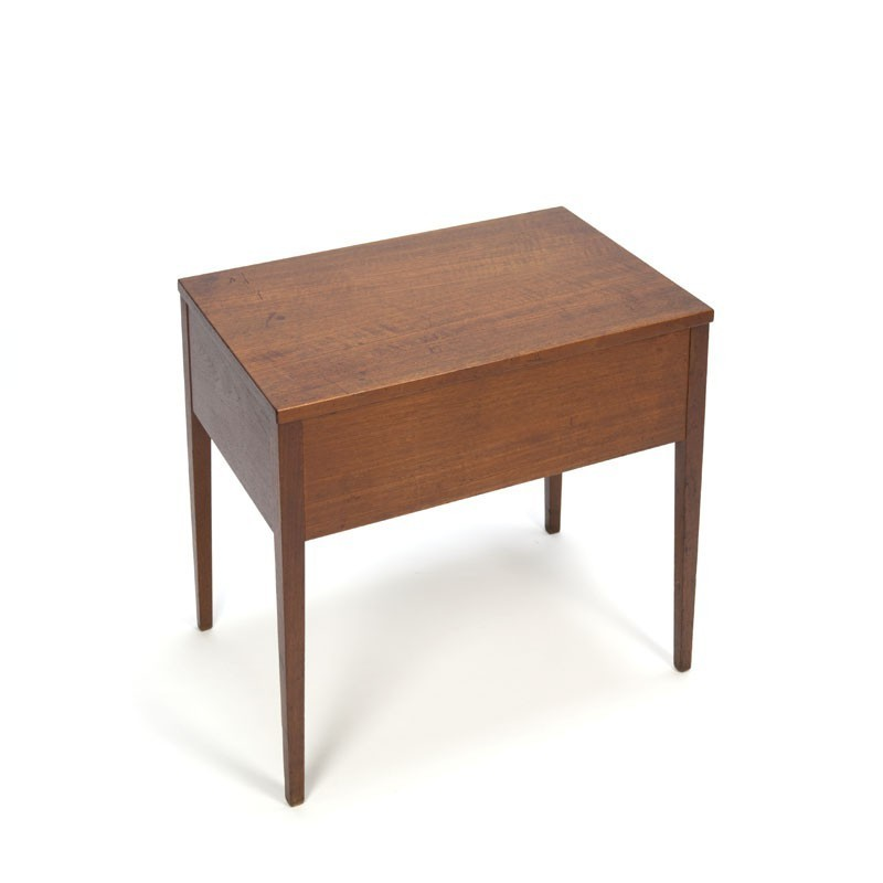 Teak box/ cabinet op high leg