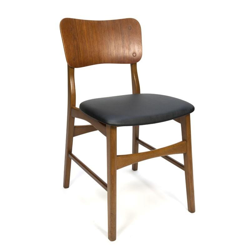 Teakhouten stoel met brede rugleuning