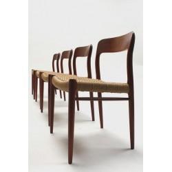 Niels O. Møller set vintage stoelen
