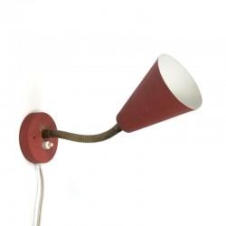 Vintage wandlamp met rode kap