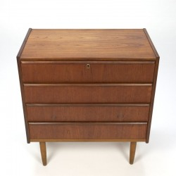 Danish vintage chest of drawers with 4 drawers