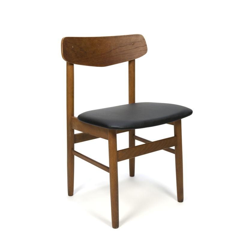 Vintage set van 4 Deense stoelen met teakhout