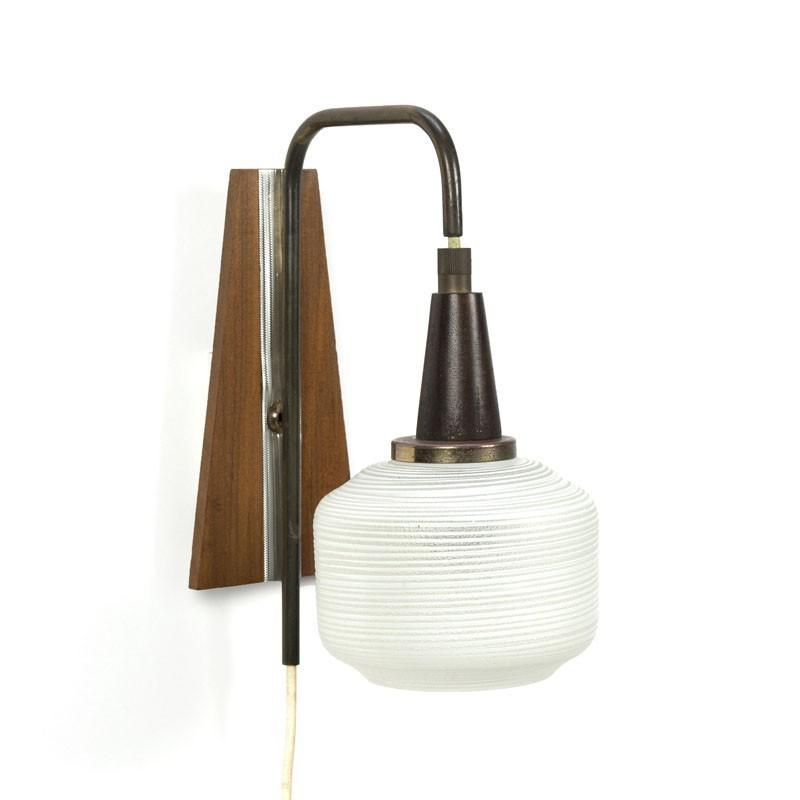 Zestiger jaren wandlamp met geslepen glas