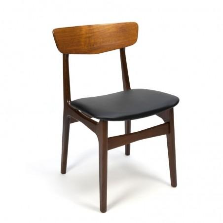 Vintage stoel van teakhout met koperen detail
