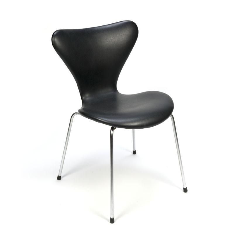 Vintage Arne Jacobsen vlinderstoel zwart skai