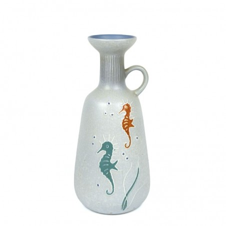 Pottery vase no. 3017 by Flora Gouda