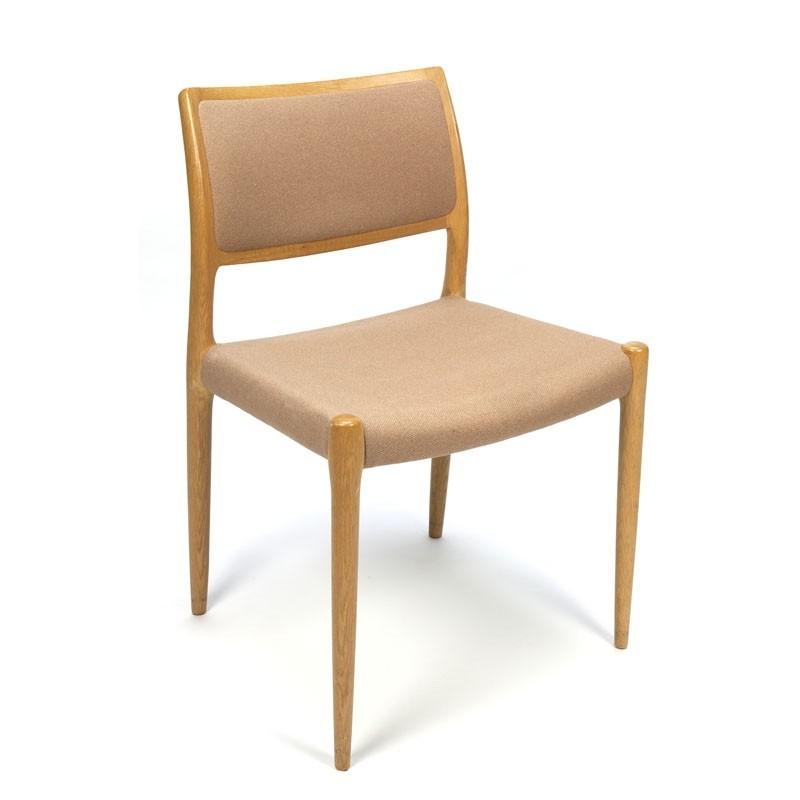 Vintage set van 4 N.O.Møller model 80 stoelen