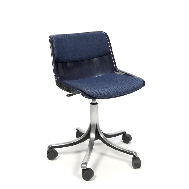 Vintage Tecno chair design Osvaldo Borsani