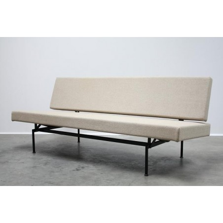 Sleeping bench by Cordemeyer for Gispen