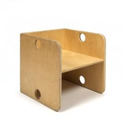 Vintage houten krat/ kubus stoeltje voor kinderen