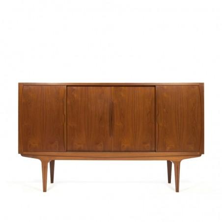 Groot vintage Deens teakhouten dressoir