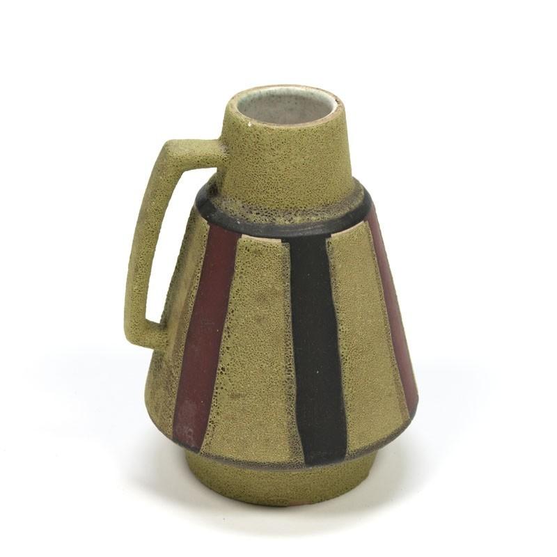 Klein vintage groen aardewerken vaasje
