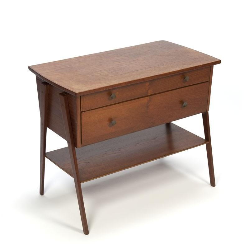 Klein Deens teakhouten vintage kastje