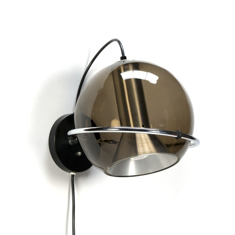 Vintage Raak Globe wall lamp design F. Ligtelijn