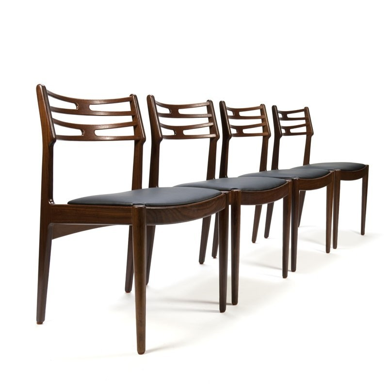 Vintage set of 4 chairs designed by Johannes Andersen