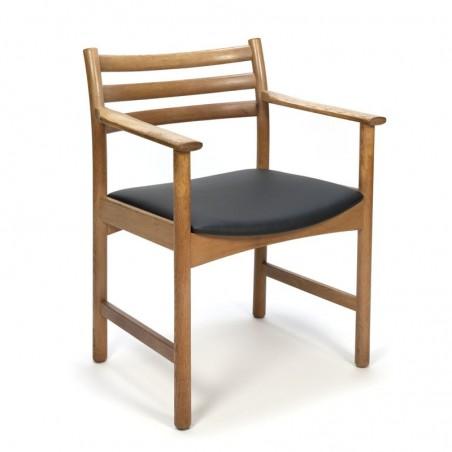 Deense vintage eiken stoel met armleuning