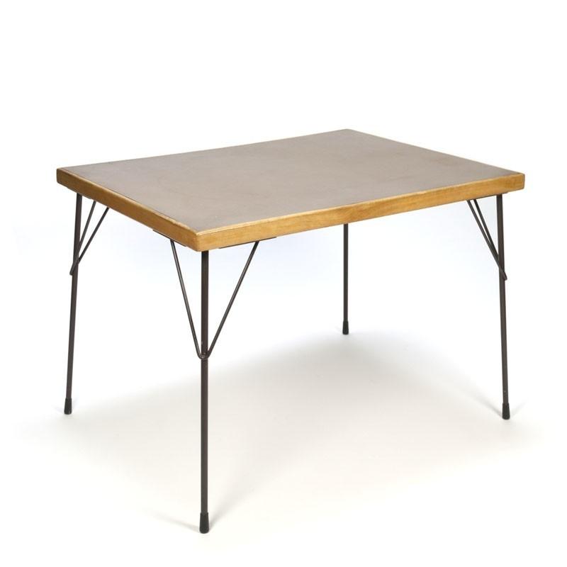 Wim Rietveld Gispen eettafel model 3705