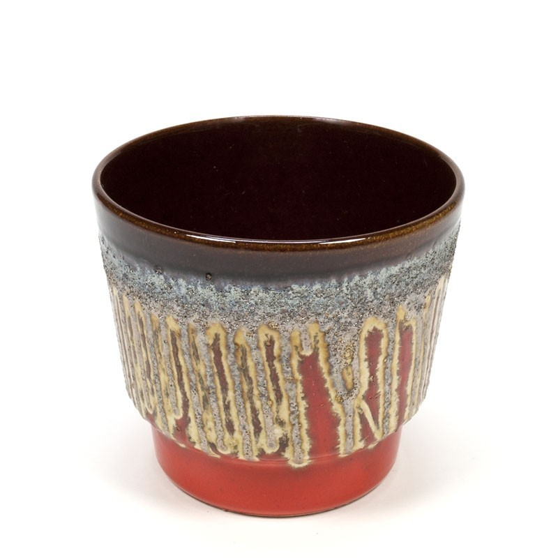 Vintage flowerpot with silver lava detail