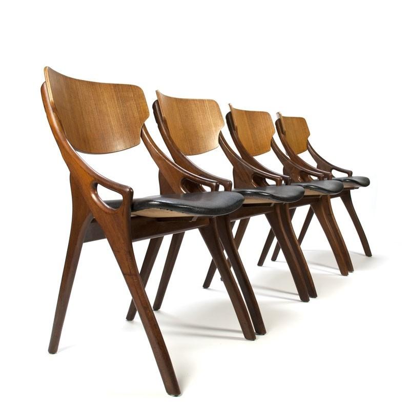 Vintage set van 4 Arne Hovmand Olsen stoelen