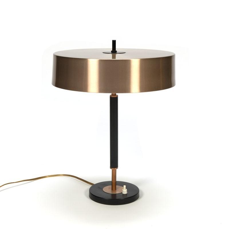 Vintage design desk lamp with copper-colored hood