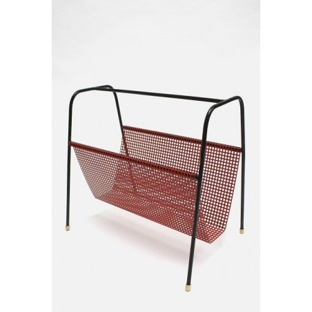 Metal magazine holder red