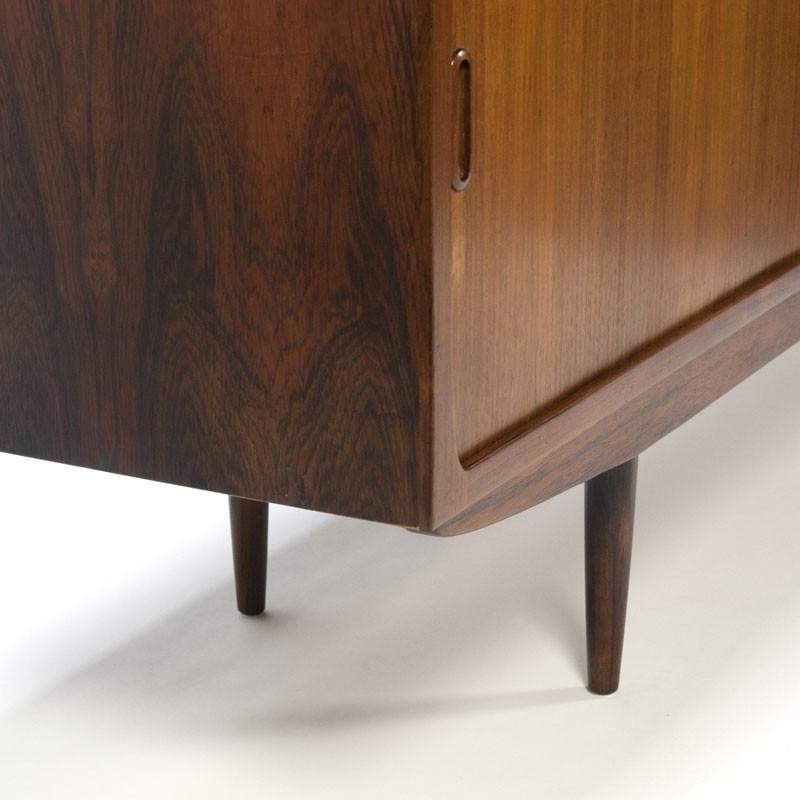 Houten Dressoir Met Schuifdeuren.Extra Lang Vintage Palissanderhouten Dressoir Retro Studio