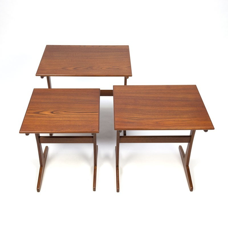 3 Vintage Bijzettafeltjes.Vintage Teakhouten Bijzettafeltjes Set Van 3 Retro Studio